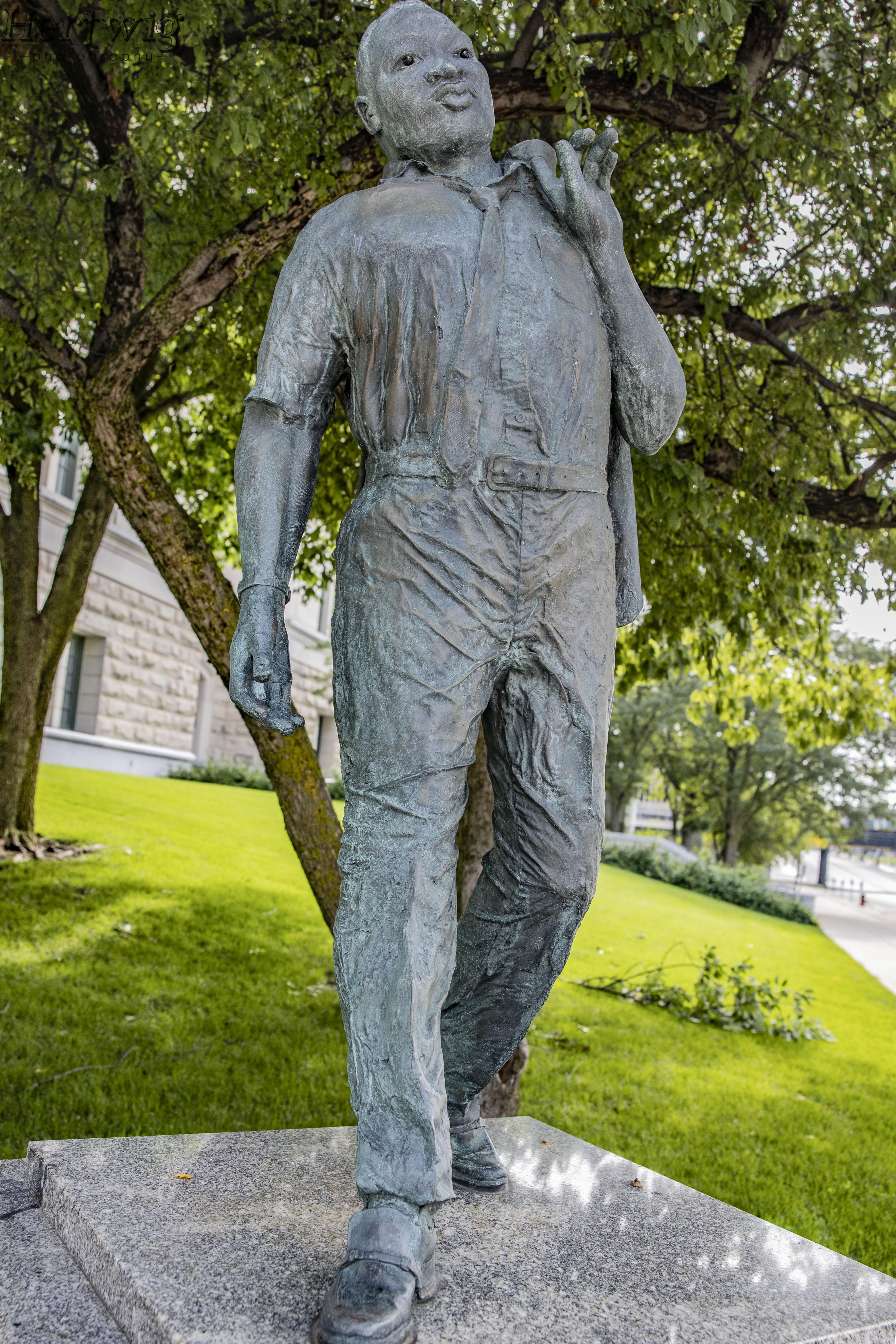 Dr ML King, Jr Statue